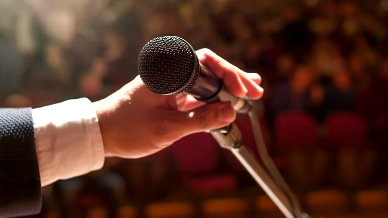 Microphone Public Speaking Selling Maurice Kerrigan Africa